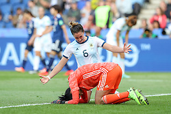 June 10, 2019: Paris, France: Vanina Correa and Aldana Cometti of Argentina celebrate 0-0 draw during match against Japan match valid for group D of the first phase of the Women's Soccer World Cup in the Parc Des Princes. (Credit Image: © Vanessa Carvalho/ZUMA Wire)