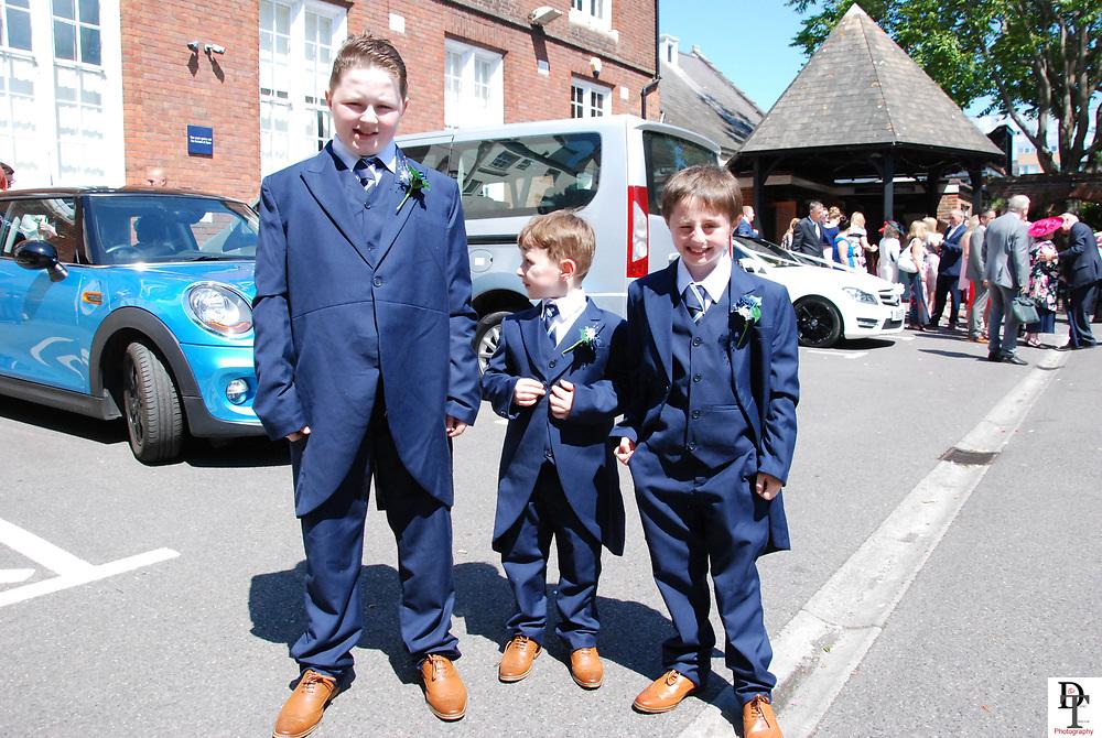 Southampton Registry office Wedding featuring Emma & John Cotter 17th June 2017