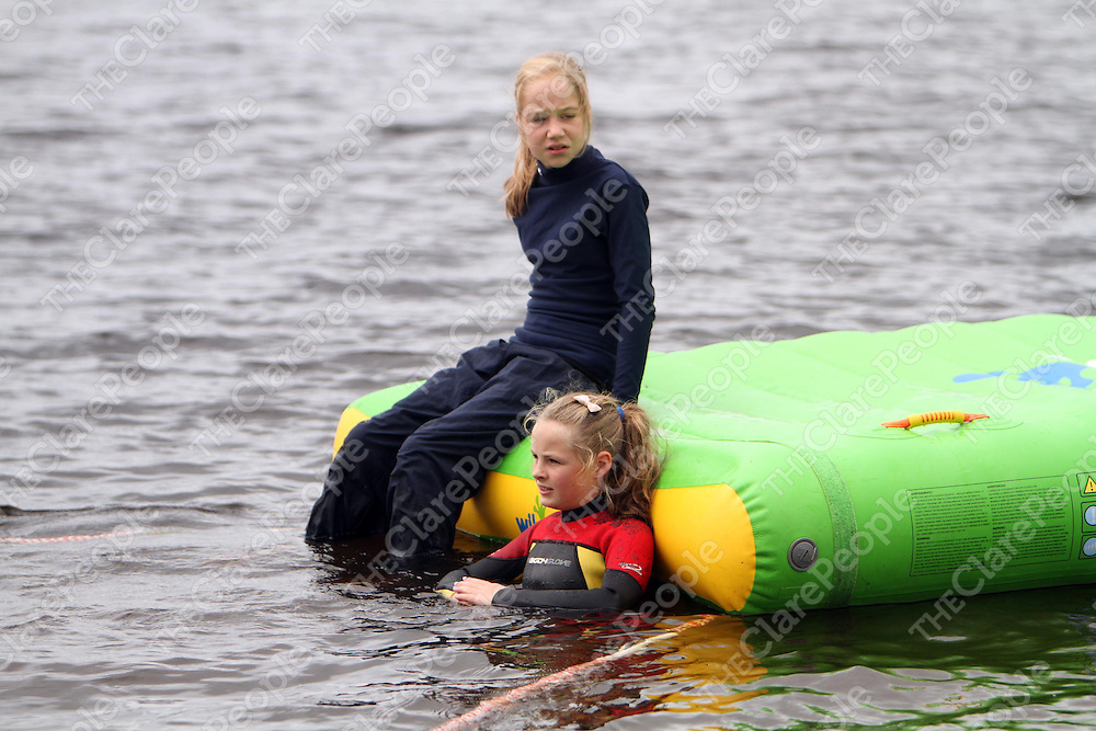 Sharon Egan and Catriona Callinan at the Kilmihil Festival of Fun on Sunday.<br /> Photograph by Press 22
