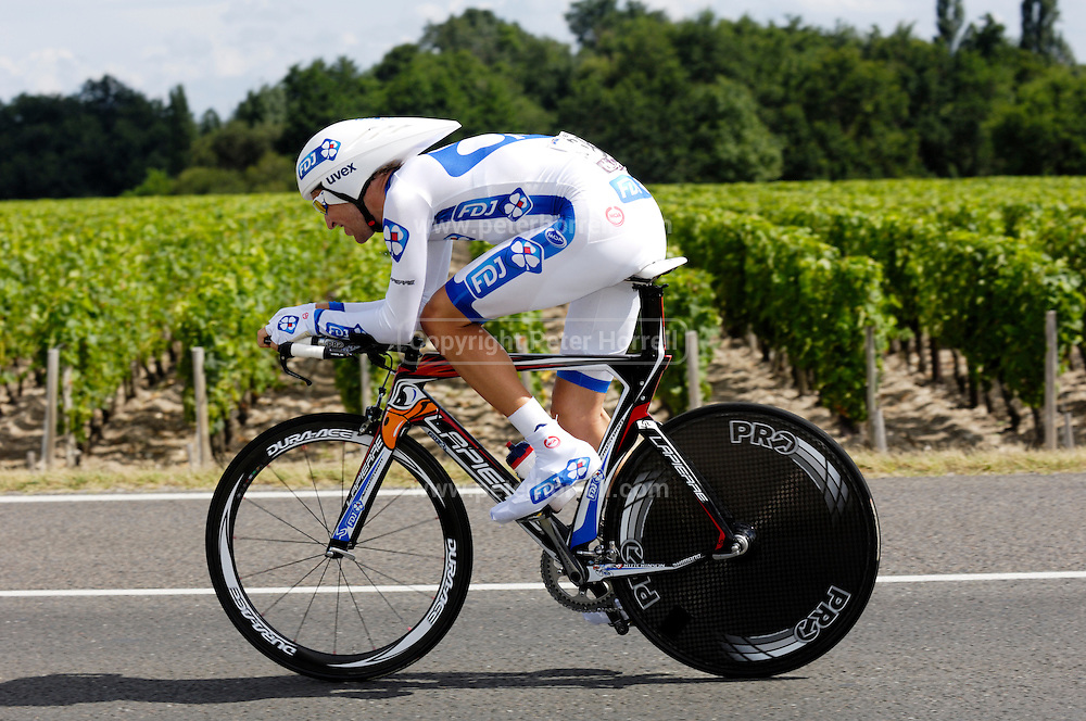 France, July 23 2010: Française des Jeux's Wesley Sulzberger (Aus) during Stage 19, the final time trial from Bordeaux to Pauillac of the 2010 Tour de France cycle race..Copyright 2010 Peter Horrell