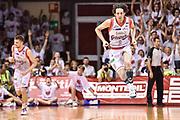 DESCRIZIONE : Campionato 2014/15 Serie A Beko Grissin Bon Reggio Emilia -  Dinamo Banco di Sardegna Sassar Finale Playoff Gara1<br /> GIOCATORE : Amedeo Della Valle<br /> CATEGORIA : Ritratto Esultanza<br /> SQUADRA : Grissin Bon Reggio Emilia<br /> EVENTO : LegaBasket Serie A Beko 2014/2015<br /> GARA : Grissin Bon Reggio Emilia - Dinamo Banco di Sardegna Sassari Finale Playoff Gara1<br /> DATA : 14/06/2015<br /> SPORT : Pallacanestro <br /> AUTORE : Agenzia Ciamillo-Castoria/GiulioCiamillo