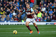 Burnley's Scott Arfield in action. Barclays Premier league match, Burnley v Everton at Turf Moor in Burnley, Lancs on Sunday 26th October 2014.<br /> pic by Chris Stading, Andrew Orchard sports photography.