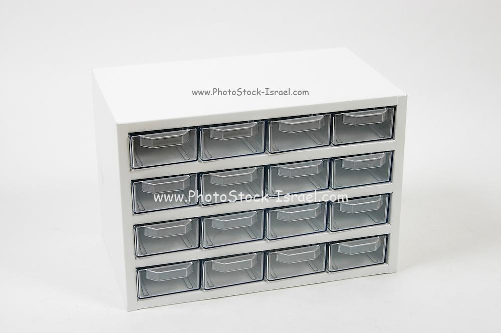 Empty drawer box