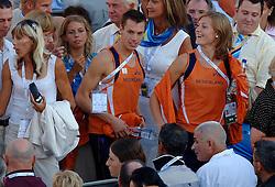 06-08-2006 ATLETIEK: EUROPEES KAMPIOENSSCHAP: GOTHENBORG <br /> De openingsceremonie van de 29th European Championships Athletics werd op de Gotaplatsen gehouden / Bram Som en Romara van Noort<br /> ©2006-WWW.FOTOHOOGENDOORN.NL
