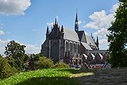 Uitzicht op Hooglandse Kerk vanaf de Burcht van Leiden   View of Hooglandse Church from Leiden Castle
