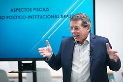 Especialista em Finanças e Mercado de Capitais, Ricardo Hingel é referência em Economia e Investimento por sua trajetória com mais de duas décadas de carreira. <br /> Diretor na R.R.HINGEL & PARTNERS - FINANCE & CAPITAL MARKETS, atua como consultor e conselheiro de empresas, além de ser conferencista e colunista de Economia em GaúchaZH. FOTO: Jefferson Bernardes/ Agência Preview