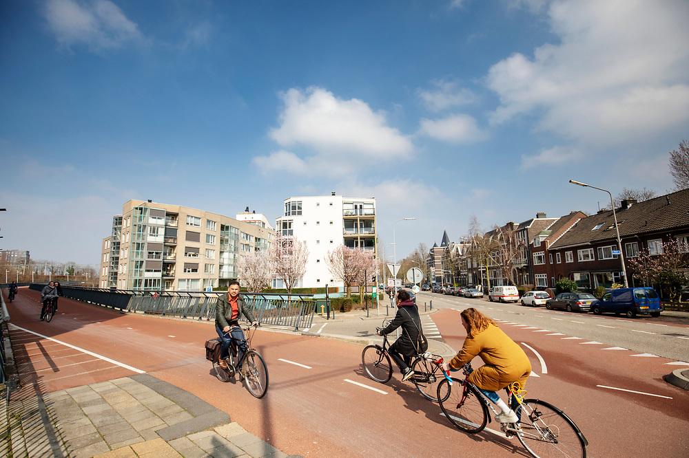 Fietsers in Nijmegen.<br /> <br /> Cyclists in Nijmegen.
