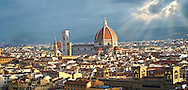 Panoramic view of Florence with  the Palazzio Vecchio and The Duomo, Italy .<br /> <br /> Visit our ITALY PHOTO COLLECTION for more   photos of Italy to download or buy as prints https://funkystock.photoshelter.com/gallery-collection/2b-Pictures-Images-of-Italy-Photos-of-Italian-Historic-Landmark-Sites/C0000qxA2zGFjd_k<br /> .<br /> <br /> Visit our MEDIEVAL PHOTO COLLECTIONS for more   photos  to download or buy as prints https://funkystock.photoshelter.com/gallery-collection/Medieval-Middle-Ages-Historic-Places-Arcaeological-Sites-Pictures-Images-of/C0000B5ZA54_WD0s