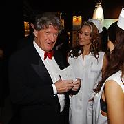 Miljonairfair 2004, Willibrord Frequin en zusters
