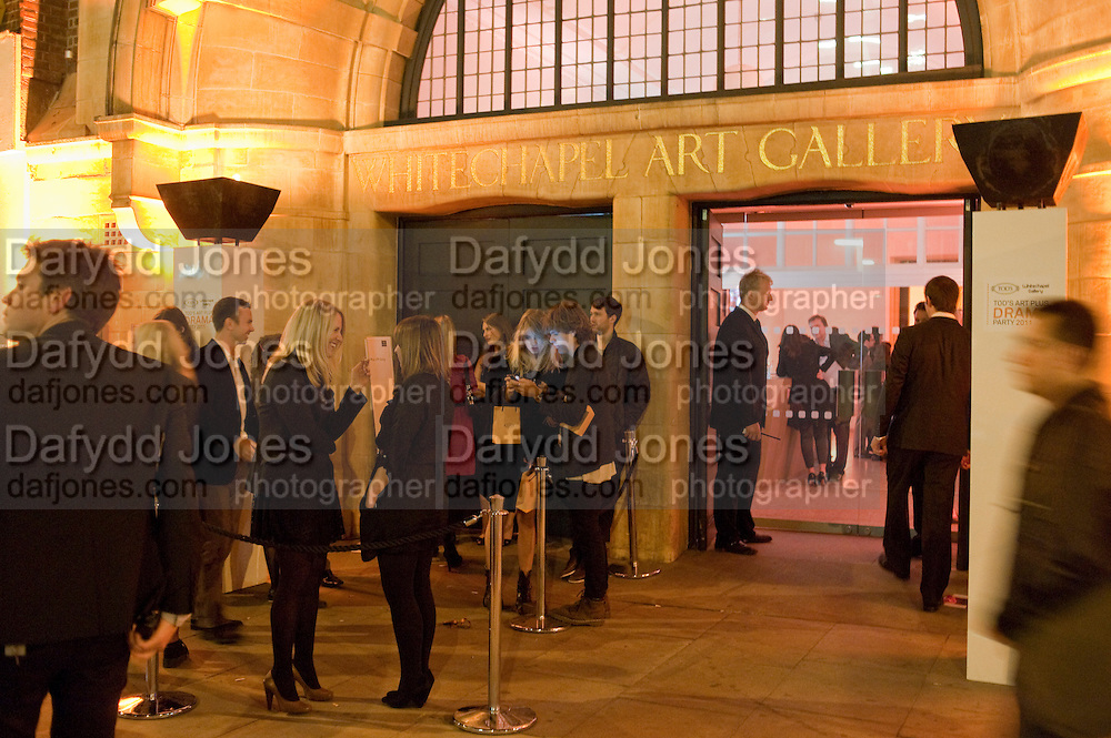 TODÕS Art Plus Drama Party 2011. Whitechapel GalleryÕs annual fundraising party in partnership. Whitechapel Gallery. London. 24 March 2011.  with TODÕS and supported by HarperÕs Bazaar-DO NOT ARCHIVE-© Copyright Photograph by Dafydd Jones. 248 Clapham Rd. London SW9 0PZ. Tel 0207 820 0771. www.dafjones.com.<br /> TOD'S Art Plus Drama Party 2011. Whitechapel Gallery's annual fundraising party in partnership. Whitechapel Gallery. London. 24 March 2011.  with TOD'S and supported by Harper's Bazaar-DO NOT ARCHIVE-© Copyright Photograph by Dafydd Jones. 248 Clapham Rd. London SW9 0PZ. Tel 0207 820 0771. www.dafjones.com.