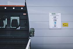 THEMENBILD - Hinweisschild mit den Sicherheitsmaßnahmen in einem Baumarkt während der Corona Pandemie, aufgenommen am 14. April 2019 in Zell am See, Österreich // Information sign with the safety measures in a hardware store during the Corona Pandemic in Zell am See, Austria on 2020/04/14. EXPA Pictures © 2020, PhotoCredit: EXPA/ JFK