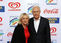 12.04.2019, Europa Park, Rust, GER, Radio Regenbogen Award 2019, im Bild Fußballspieler Franz Beckenbauer mit Ehefrau Heidi // during the Radio Rainbow Award at the Europa Park in Rust, Germany on 2019/04/12. EXPA Pictures © 2019, PhotoCredit: EXPA/ Eibner-Pressefoto/ Joachim Hahne<br /> <br /> *****ATTENTION - OUT of GER*****