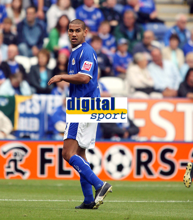 Photo: Chris Ratcliffe.<br />Leicester City v Ipswich Town. Coca Cola Championship. 12/08/2006.<br />Patrick Kisnorbo of Leicester.