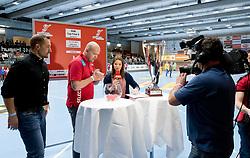 11.03.2017, Halle Hollgasse, Wien, AUT, HLA, SG INSIGNIS Handball WESTWIEN vs HC Fivers WAT Margareten, Oberes Playoff, 5. Runde, im Bild Patrick Fölser (ÖHB), Teamchef Patrekur Johannesson (AUT), Kristina Inhof (ORF) bei der Auslosung zum Cup Final4 // during Handball League Austria, 5 th round match between HC Fivers WAT Margareten and SG INSIGNIS Handball WESTWIEN at the Halle Hollgasse, Vienna, Austria on 2017/03/11, EXPA Pictures © 2017, PhotoCredit: EXPA/ Sebastian Pucher