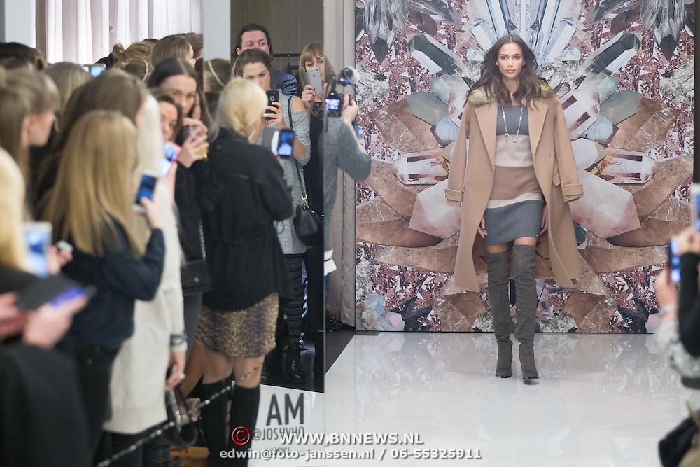 NLD/Amsterdam/20160125 -  Modeshow Josh V  SIXTEEN Collection, Model