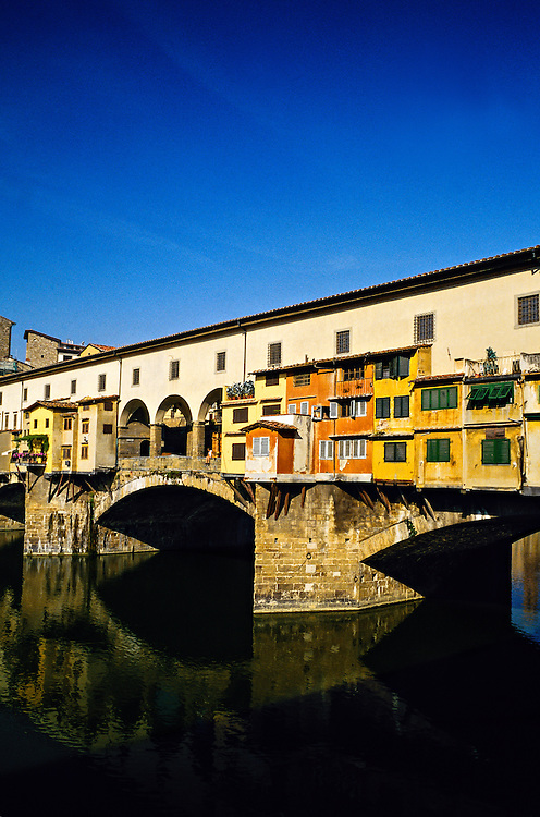 Ponte Vecchio (bridge), River Arno, Florence, Italy