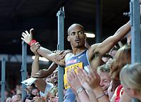 Felix Sanchez (DOM), Sieger über 400m Huerden, lässt sich feiern. © Andy Mueller/EQ Images
