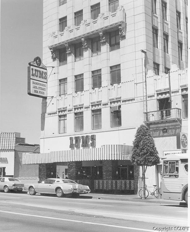 1974 Lum's Restaurant on Vine St.