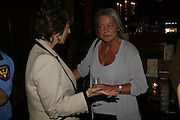 Maureen Lipman and Kate Adie. Krug host the launch of Kathy Lette's book. ' How to Kill Your Husband' the Courthouse Hotel Great Marlborough St. London. 26 April 2006. ONE TIME USE ONLY - DO NOT ARCHIVE  © Copyright Photograph by Dafydd Jones 66 Stockwell Park Rd. London SW9 0DA Tel 020 7733 0108 www.dafjones.com