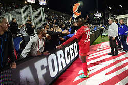 May 20, 2017 - Angers, France, France - Souleymane CAMARA (MHSC) avec les supporters de Montpellier (Credit Image: © Panoramic via ZUMA Press)