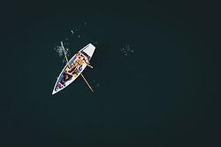 THEMENBILD - ein Liebespaar in einem Ruderboot am Zeller See, aufgenommen am 28. Juli 2020 in Zell am See, Österreich // a couple in a rowing boat on the Zeller See, Zell am See, Austria on 2020/07/28. EXPA Pictures © 2020, PhotoCredit: EXPA/ JFK