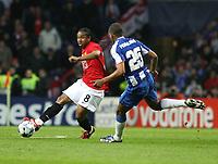 20090415: PORTO, PORTUGAL - FC Porto vs Manchester United: Champions League 2008/2009 – Quarter Finals – 2nd leg. In picture: Anderson and Fernando . PHOTO: Manuel Azevedo/CITYFILES