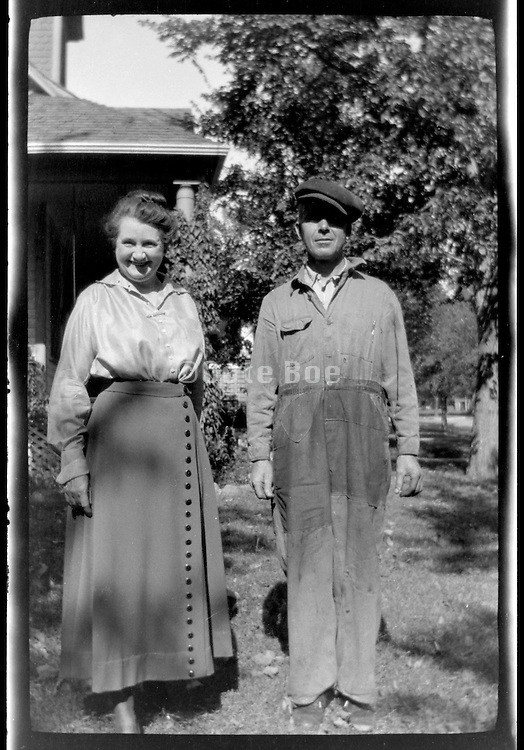 portrait of farmer and wife USA 1920s 1930s
