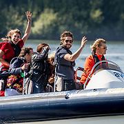 NLD/Maurik/20170904 - Deelnemers Expeditie Robinson 2017, aankomst deelnemers