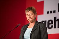 DEU, Deutschland, Germany, Berlin, 10.12.2016: Arbeitssenatorin Elke Breitenbach beim Landesparteitag von Die Linke im WISTA-Veranstaltungszentrum Adlershof.