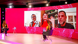 """Painel Caiu na rede, é venda com Rachel Maia(E), que é CEO da RM Consulting Consumer Goods, Bel Humberg(C), que é CEO & Co-Fundadora Fashion Code e Alexandre Birman(D), que é CEO/CCO da Arezzo&Co.  durante a 34ª edição do Fórum da Liberdade. A edição de 2021 irá debater com palestrantes que são autoridades no assunto sobre os impactos das mídias sociais na liberdade de expressão, de forma com que todos os participantes possam refletir, conhecer diferentes pontos de vistas e, ao final do evento, consigam responder ao tema central da edição: """"O digital limita ou liberta?"""". Foto: Marcos Nagelstein/ Agência Preview"""