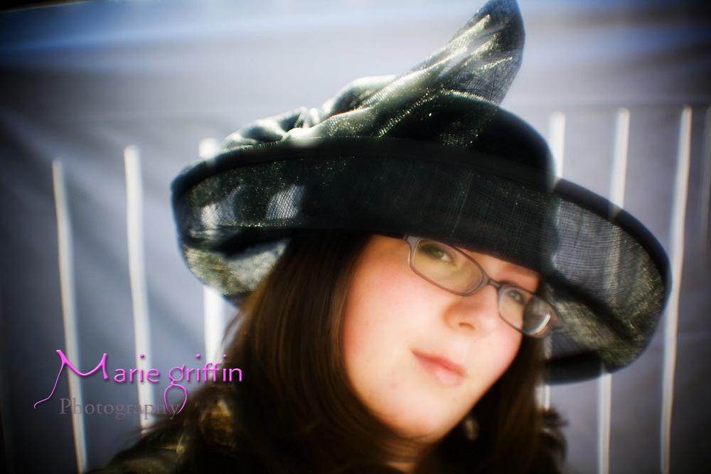 2008 Kentucky Derby party portraits taken in host, Edie Busam's backyard