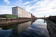Europa, Deutschland, Koeln, die Ellmuehle oder Aurora Muehle im Deutzer Hafen. - <br /> <br /> Europe, Germany, Cologne, the Ellmill or Aurora mill at the Rhine harbor in the district Deutz.