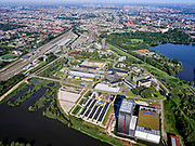 Nederland, Noord-Holland, Gemeente Amsterdam; 02-09-2020; Watergraafsmeer, overzicht Amsterdam Science Park. In de voorgrond hoogbouw van AM4 het nieuwste Equinix Data Centre. Het Park huisvest verder onder anderAmsterdam University College, de Beta wetenschappen, Life Science en IT.<br /> Science Park in East of Amsterdam, Equinix Data Centre, University of Amsterdam Faculty of Science, the Amsterdam University College, IT, Life Sciences, advanced technology, and sustainability,<br /> <br /> luchtfoto (toeslag op standaard tarieven);<br /> aerial photo (additional fee required)<br /> copyright © 2020 foto/photo Siebe Swart