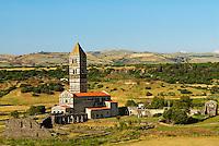 Italie. Sardaigne. Province de Sassari. Eglise Santa Trinita di Saccargia.  11e siecle. // Italy. Sardinia. Sassari province. Santa Trinita di Saccargia church.