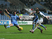 Photo: Lee Earle.<br /> Coventry City v Southend United. Coca Cola Championship. 30/12/2006.  Southend's Mark Gower (R) scores their equalising goal.