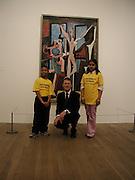 National children's Art day. Nicholas Setota with his shadows, Mariya Bhukhun and Anton Peterson. © Copyright Photograph by Dafydd Jones 66 Stockwell Park Rd. London SW9 0DA Tel 020 7733 0108 www.dafjones.com