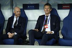 (L-R) Ajax coach Erik ten Hag, Ajax general director Edwin van der Sar during the UEFA Champions League play offs round second leg match between Dynamo Kyiv and Ajax Amsterdam at the NSK Olimpiyskyi on August 28, 2018 in Kyiv, Ukraine