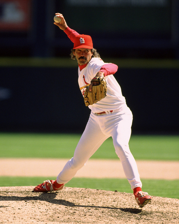 ST. LOUIS - 1997:  Dennis Eckersley of the St. Louis Cardinals pitches during an MLB game at Busch Stadium in St. Louis, Missouri during the 1997 season.  (Photo by Ron Vesely)  Subject:   Vince Coleman