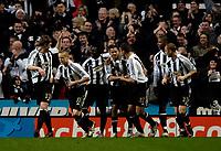 Photo: Jed Wee.<br /> Newcastle United v Aston Villa. The Barclays Premiership. 31/01/2007.<br /> <br /> Newcastle celebrate with goalscorer Kieron Dyer (C).