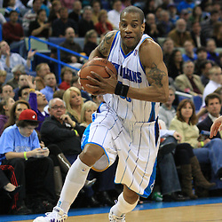 06 February 2009:  New Orleans Hornets guard Antonio Daniels (50) drives towards the basket during a 101-92 win by the New Orleans Hornets over the Toronto Raptors at the New Orleans Arena in New Orleans, LA.