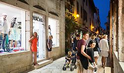 THEMENBILD - URLAUB IN KROATIEN, die Einkaufsstrasse am Abend, aufgenommen am 03.07.2014 in Porec, Kroatien // the shopping street in the evening in Porec, Croatia on 2014/07/03. EXPA Pictures © 2014, PhotoCredit: EXPA/ JFK