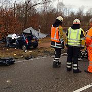Dodelijk ongeval Randweg Huizen, .politie, beknelling, verkeer, brandweer, ambulance, trauma, wrak, hulpverlening