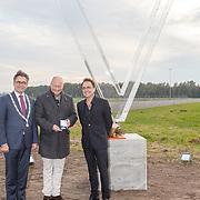 NLD/Katwijk/20151030 - 5 Jarig jubileumvoostelling musical Soldaat van Oranje, Fred Boot en de burgemeester Jos Wienen van Katwijk