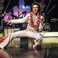 Elvis impersonator Billy Wayde rehearses at the Lake Theater in Lake Jackson, 04/09/04.    (Photo by Kim Christensen)