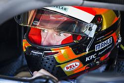 October 17, 2018 - Valencia, Spain - VANDOORNE Stoffel (bel), HWA RACELAB Team portrait during the Formula E official pre-season test at Circuit Ricardo Tormo in Valencia on October 16, 17, 18 and 19, 2018. (Credit Image: © Xavier Bonilla/NurPhoto via ZUMA Press)