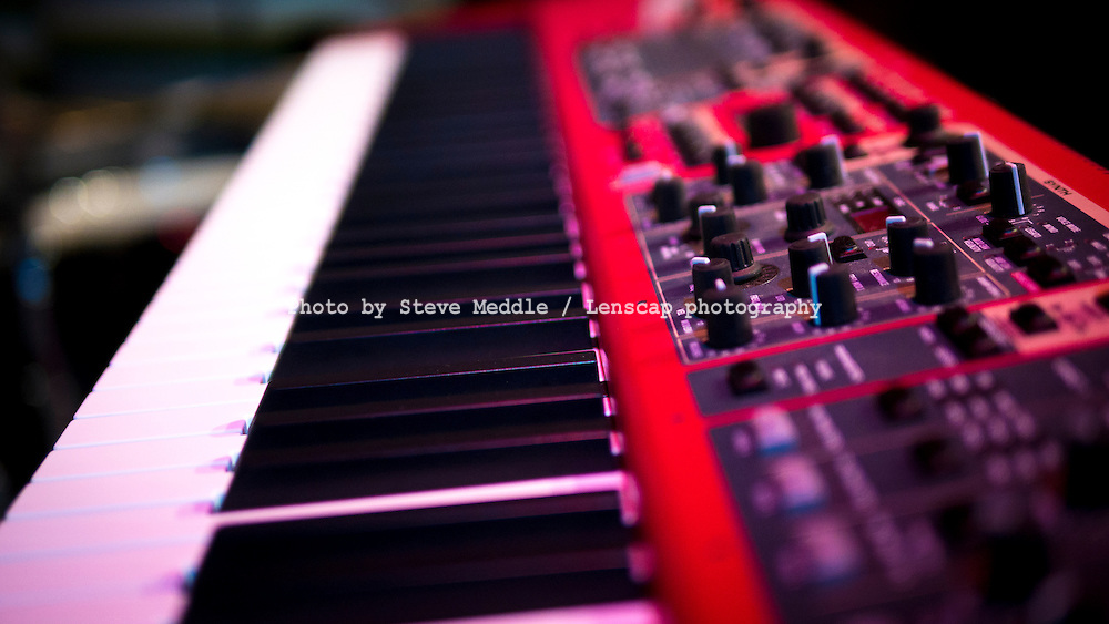 Keyboard, Synthesizer - Oct 2013.