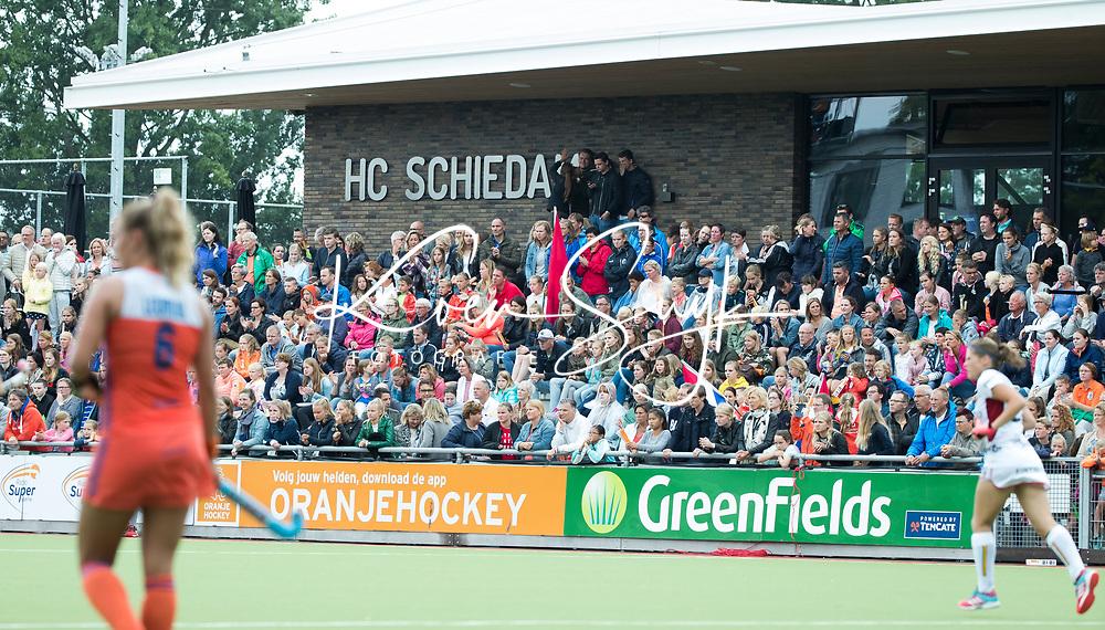 SCHIEDAM - Volle tribune  tijdens een oefenwedstrijd tussen  de dames van Nederland en Belgie , in aanloop naar het  EK Hockey, eind augustus in Amstelveen. COPYRIGHT KOEN SUYK