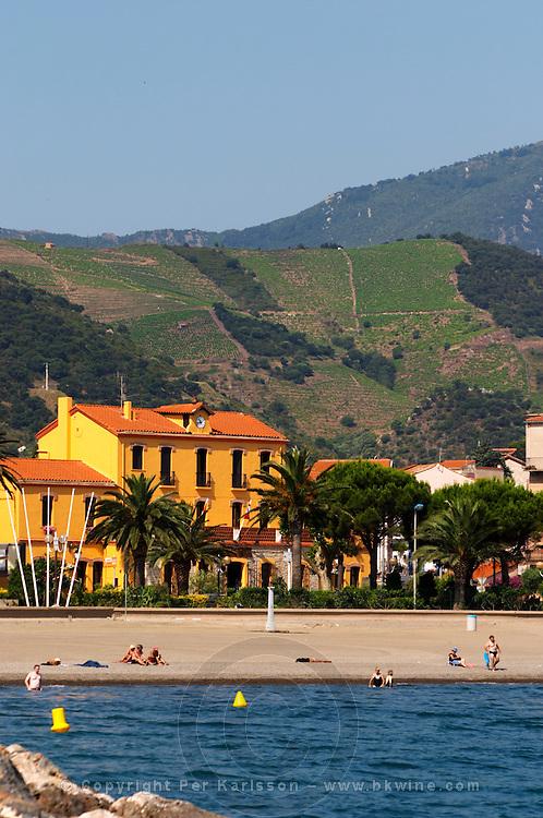 Beach and Hotel de Ville. Banyuls sur Mer, Roussillon, France