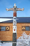 60595-00710 Totem pole in front of Caribou Hall Churchill MB