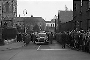 The State Funeral of Sir Alfred Chester Beatty. Crowds outside St. Patrick's Cathedral, Dublin.<br /> 29.01.1968